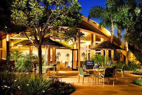 anaheim hotel for bsm club wealth. Black Bedroom Furniture Sets. Home Design Ideas